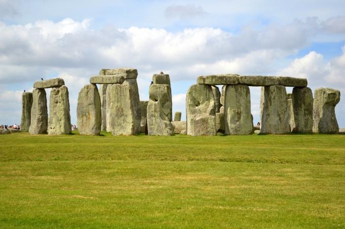 day04_stonehenge_-_england_1