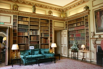 day05_library-in-leeds-castle