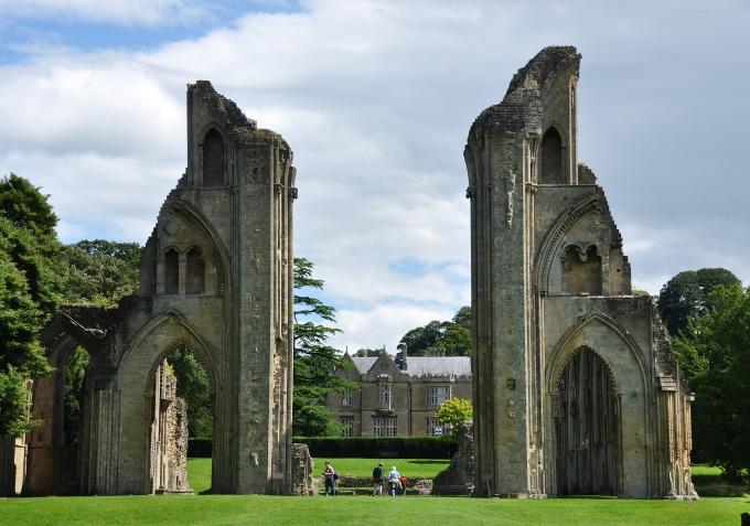 day07_glastonbury_abbey_ruins_5