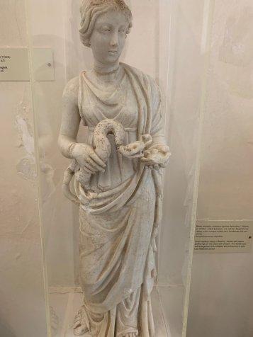 海吉雅女神像